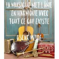 """Carte citation Bonheur: """" """"La musique met l'âme en harmonie avec tout ce qui existe"""" Oscar Wilde"""
