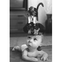 """Carte Enfants Noir et Blanc Bébé: """"Oh mais qu'est ce que j'ai sur ma tête""""???"""