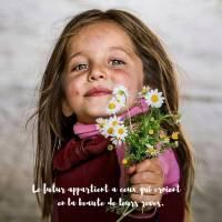 """Carte citation Bonheur: """" Le futur appartient à ceux qui croient en la beauté de leurs rêves"""""""