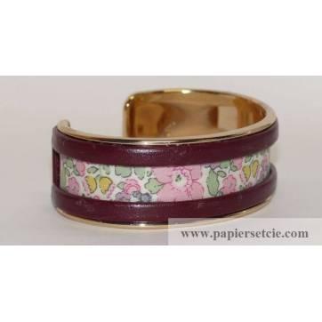 Bracelet Manchette en laiton doré 2 cm, tissu Liberty Betsy Ann rose